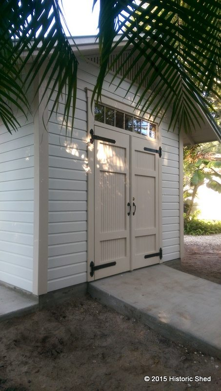 The shed also features a transom over the double shed doors
